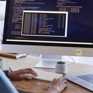 Phần mềm quản lý nhân sự tiền lương được triển khai như thế nào?