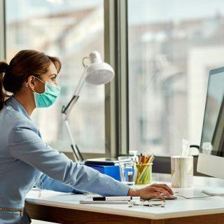 """5 cách để nhân viên văn phòng thích ứng tốt với """"bình thường mới"""""""
